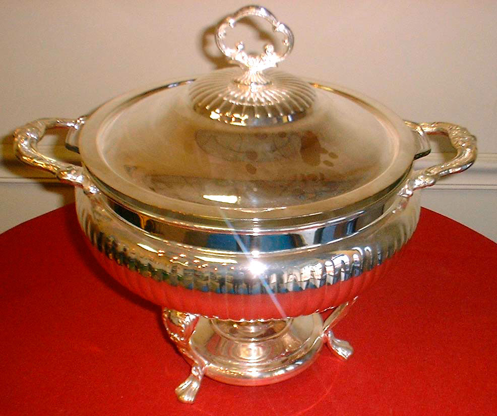 Silver Chafing Dish Round W 3 Qt Pyrex Insert